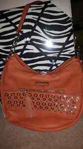 Guess Purse  (Coral) - NWT Prince George British Columbia image 1