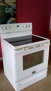 White frigidaire flat top