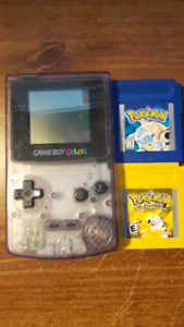 Gameboy Color + 2 Pokemon Games