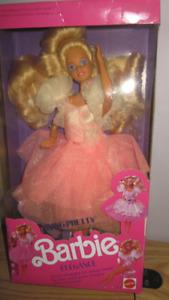 1989 Foreign Living Pretty Elégancé Barbie doll
