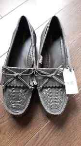 New womens brown leather shoes size 11w