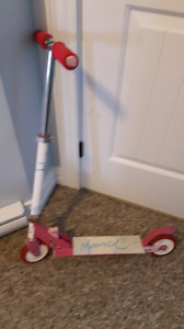 1 boy and 1 girl scooter for sale. $15 each