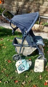 stroller with 2 covers London Ontario image 1