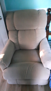 Lay Z Boy couch with 2 recliners built in