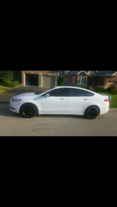 2013 ford fusion  for sale!!