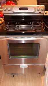 Kitchen Aid stainless smooth top self cleaning convection stove