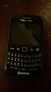 Selling blackberry curve - Rogers.
