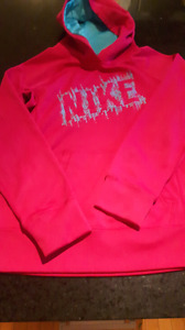 Pink Nike sweater. Excellent condition.