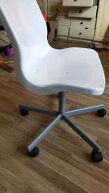 White Chair/ office chair