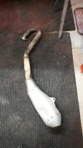 CRF 250R Stock Exhaust and Header