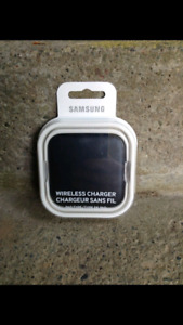 Samsung Wireless Cellphone Charger for iPhone and Smartphone