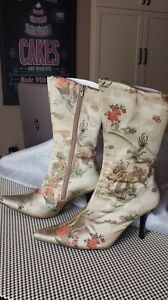Women's fabric boots size 7 Kingston Kingston Area image 1