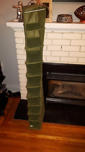 Collapsible shoe rack for closet