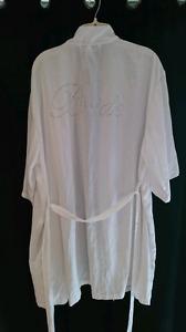 Bride robe size xl