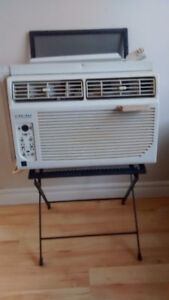 Airworks  Air conditioner with remote,Window type,