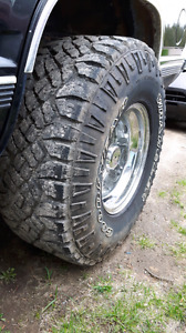 33x12.5x15 Goodyear Wranglers on 15x10 Cragers