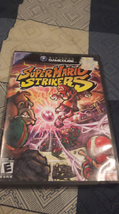 Super smash bros et mario strikers pas cher!