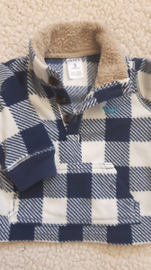 Baby carter pullover.