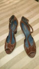 Women's shoes UK 9