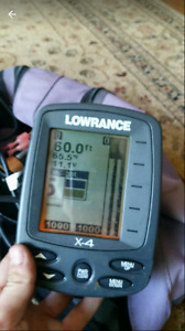 Portable lowrance x4 fish finder