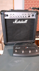 Marshall MG15CFX guitar amplifier with footswitch