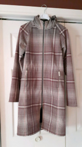 Lululemon fall coat size 6
