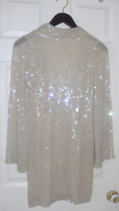NEW -Marciano dress (size XS) , tag still attached over 350.00.