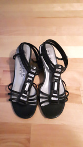 Low wedge strappy sandals size 6.5