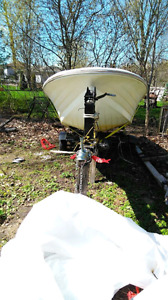 16FT Doral with 25HP Mercury & Trailer 3500$
