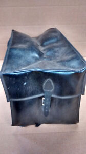 Vintage 50/60's rear carrier satchel and handlebar bag