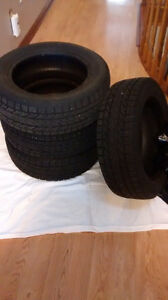Tires for sale - NO rims - 195 60r15 88s - $175 OBO Oakville / Halton Region Toronto (GTA) image 1