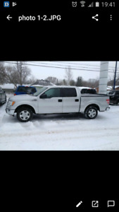 2011 FORD F150 CREW CAB W/NAVIGATION AND REMOTE STARTER