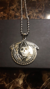 Men's necklace and pendant