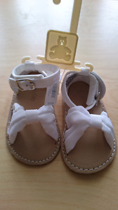 Brand New Baby Gap summer shoes 6m-12m