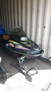 **97' Arctic Cat**