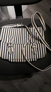 Forever 21 canvas purse blue and white new!