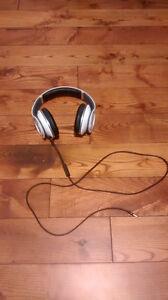 Beats by Dre Studio Headphones Kingston Kingston Area image 1