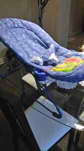 Bouncy chair, used but good condition.  Missing tray. London Ontario image 2