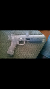 ER2 Paintball gun