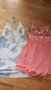 La Vie en Rose nighties Sz small