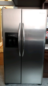 Fridge Stove Dishwasher Range hood Microwave