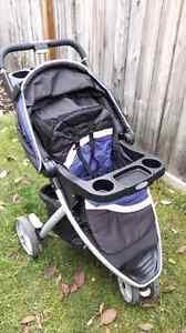 Graco Car Seat, base & jogging stroller set
