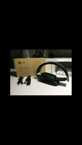 Aukey Bluetooth wireless headphones