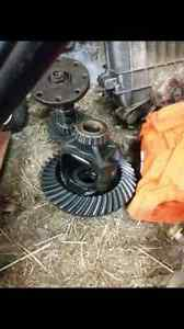 3.08 gears for Dana 44 and Ford 8.8
