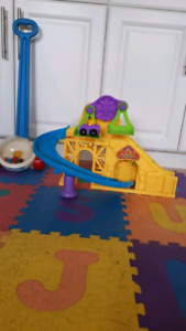 Popper and roller coaster toy $15