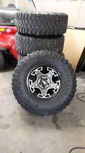 Jeep wrangler bumpers and 33inch rims and tires