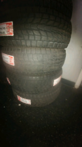 205/70R16 USED SET OF DUNLOP WINTER TIRES 95%