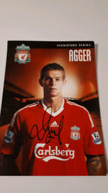 Signature series agger photo and signature