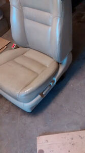 driver side chair and passenger side for Honda accord Kitchener / Waterloo Kitchener Area image 2