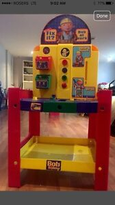 Bob The Builder Station Plays Music & Lights Up